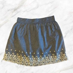 F21 | Jean Blue Skirt w/ White Embroidery Skirt